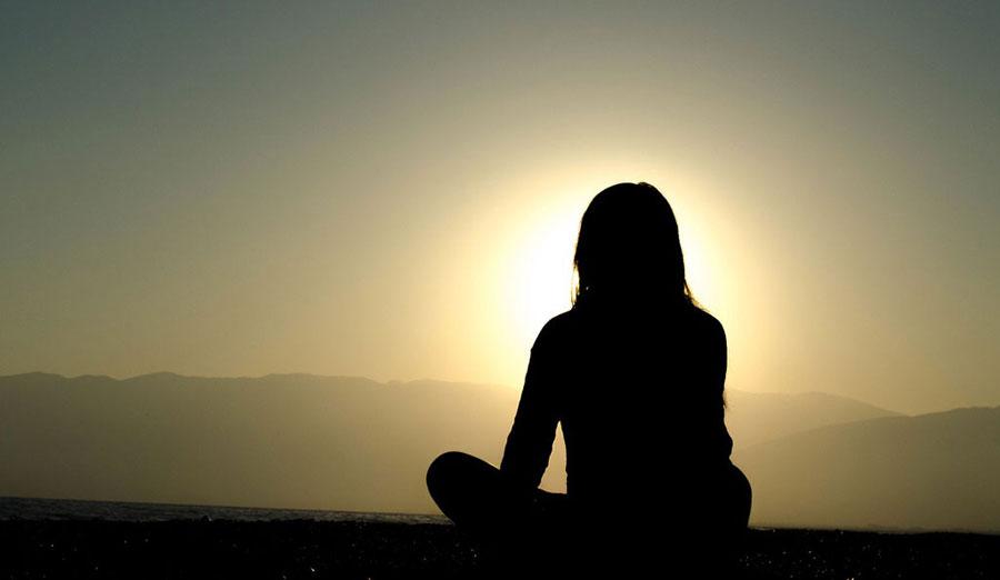 sunset-meditate
